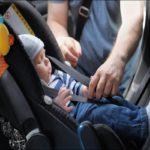 Bambini nel Seggiolino Auto NON Devono Avere il Cappotto