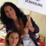 """""""Io e i miei cinque figli, una classe in casa: così diciamo basta a compiti e pagelle"""""""