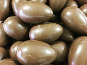 Uovo di Pasqua al cioccolato al latte: ricetta per prepararlo