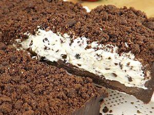 Sbriciolata al cacao: la ricetta senza cottura veloce e golosa