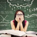 Quanto lavora  mediamente un insegnante ?