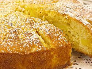 Torta di mele e ricotta: la ricetta per prepararla soffice e golosa