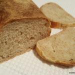 Pane in cassetta semintegrale con lievito madre