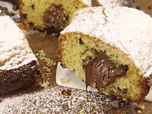 Ciambellone alla Nutella: la ricetta per prepararlo soffice e dal cuore morbido