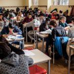 Tra i banchi delle nuove scuole che seguono le tracce di don Milani