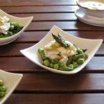Insalata di Nasello, Asparagi e Piselli con Salsa alla senape