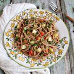 Spaghetti di farro con patate, fagiolini e pomodori