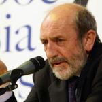 Umberto Galimberti: esorterei i professori a usare meno il computer