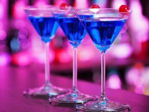 Angelo Azzurro: la ricetta del cocktail che fa volare