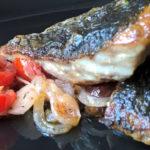 Filetto di ombrina con cipolla e pomodoro