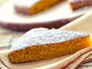 Torta di carote: la ricetta del dolce semplice e genuino