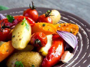 Verdure al forno: la ricetta del contorno leggero e saporito