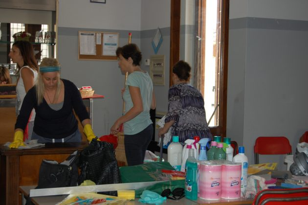 Cremona, addio mensa comunale: al via la refezione gestita da genitori e volontari