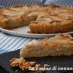 Crostata gorgonzola  pere e noci