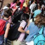 """Alunni delle scuole medie, sì a uscita senza adulti:  """"Basterà l'autorizzazione dei genitori"""""""