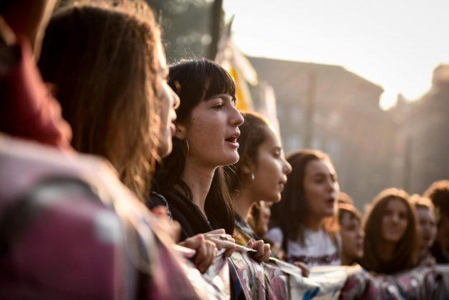 Alternanza scuola-lavoro, studenti in sciopero: cortei in 70 città italiane. Tensioni a Milano e Palermo