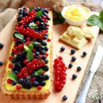 Crostata ai frutti di bosco e cioccolato bianco