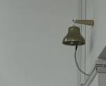 Al suono della campanella gli studenti ravvivano ogni angolo della scuola