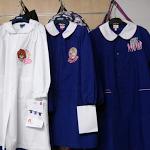 Il grembiule a scuola è un capo democratico o retrogrado?