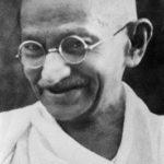 """""""Essere un fratello"""" di Mahatma Gandhi"""