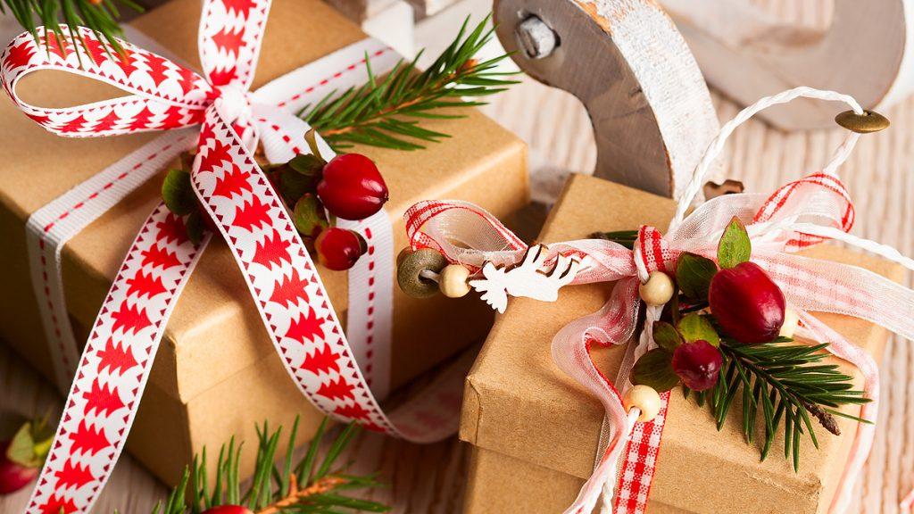 Un Natale più bello con la regola dei 4 regali