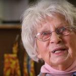 La Maestra più Anziana del Mondo ha Compiuto 103 anni