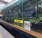 Il treno del Pd travolge e uccide un'insegnante