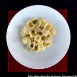 Orecchiette con gorgonzola , mascarpone e pistacchi