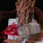 Treccine al Grano Saraceno con Polvere di Capperi e Parmigiano