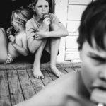 Niente Tablet o Smartphone per Tutta l'Adolescenza: Le Loro Foto Fanno Sognare