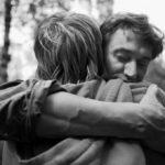 Lo Conferma uno Studio: Più Abbracci un Figlio Più Diventa Intelligente