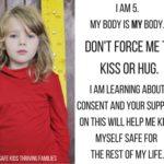 Non Costringiamo i Nostri Figli a Baciare o Abbracciare Chiunque