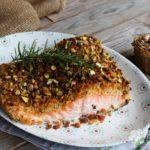 Salmone in crosta di pistacchi al forno