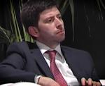 Roberto Speranza ricorda a Renzi i suoi fallimenti: jobs act, riforma della scuola e il Ciaone